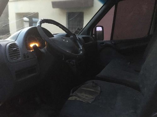 mercedes-benz sprinter 2.5 413 furgon 4025 v2 2006