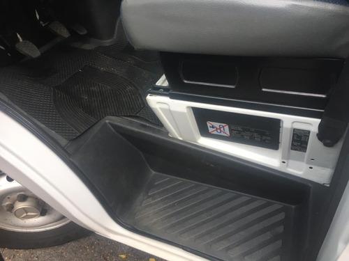 mercedes-benz sprinter 311 cdi carroceira com 42.000 km 2012