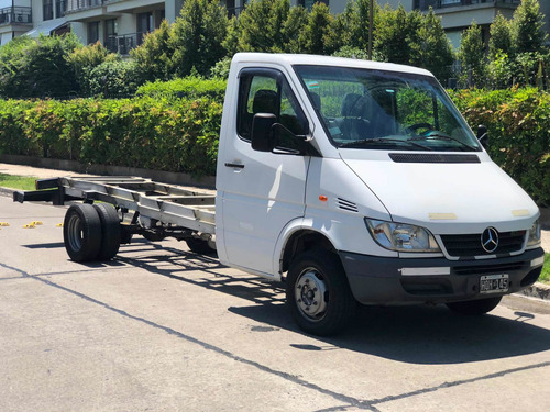 mercedes benz sprinter 413 chasis cdi