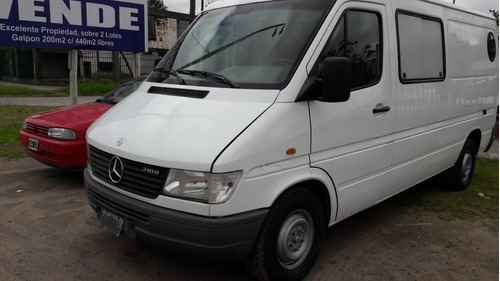 mercedes benz sprinter  (larga)