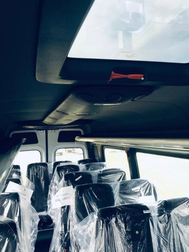 mercedes-benz sprinter minibus 516  19 + 1