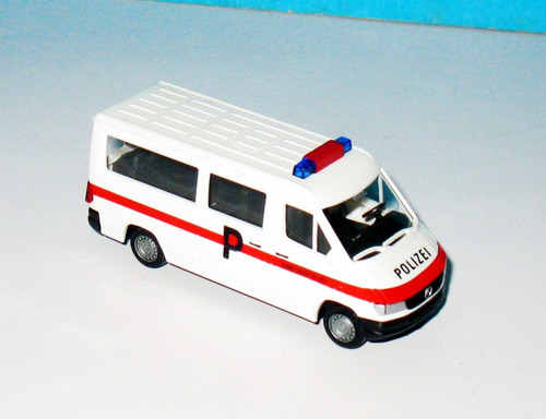mercedes benz sprinter policia - 1/87 wiking (germany)
