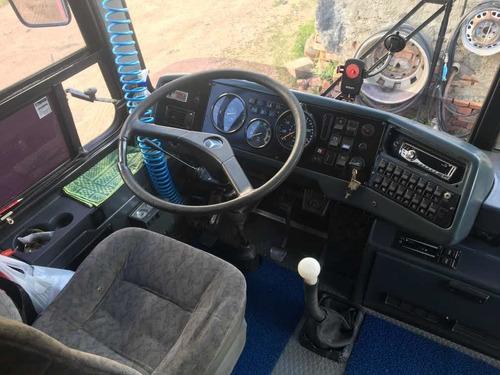 mercedes busscar 320