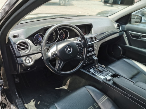 mercedes c200 exclusive impecable 2014
