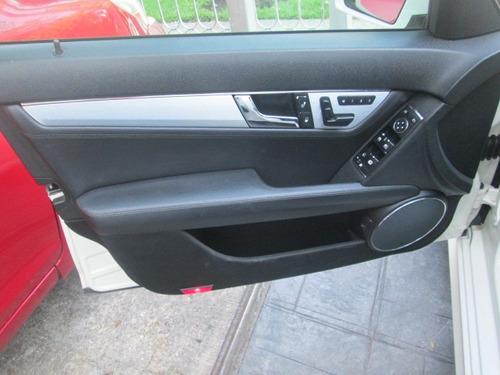 mercedes c300 classic  2010