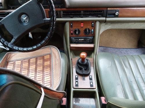 mercedez benz  1980