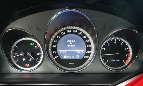 merces c200 avantgarde único dono apenas 44 mil km revisada