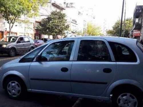 meriva gl plus full 2011  gris día vendo tranferida