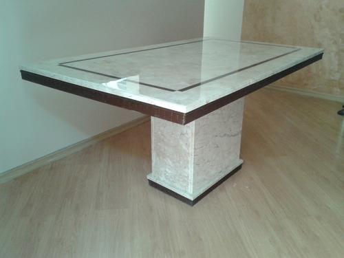 mesa 1.20 x 0.80 de jantar em travertino c/ resina no tampo