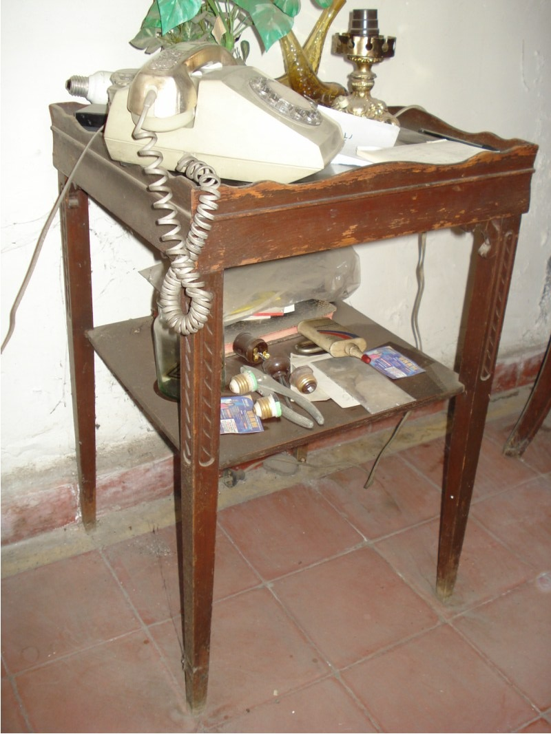 mesa antigua madera para telefono 2 en mercado