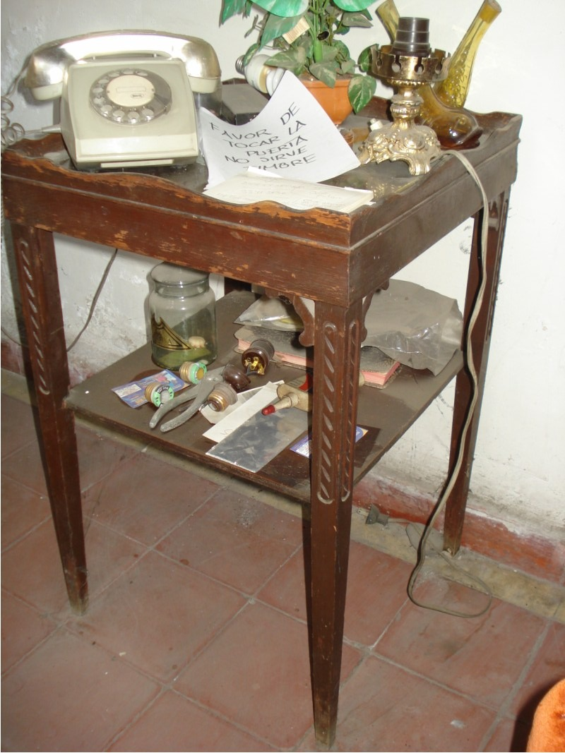 Mesa antigua madera para telefono 2 en mercado for Mesa madera antigua
