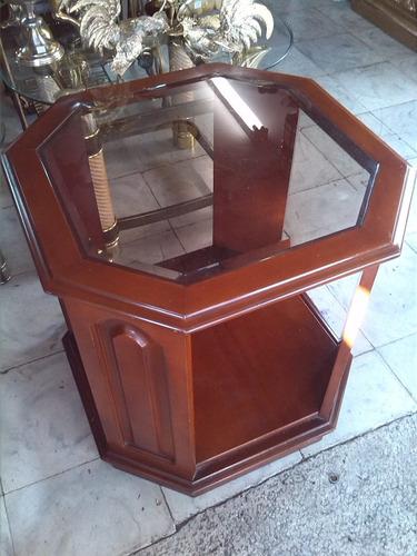 mesa auxiliar italiana en cedro hectagonal con vidrio