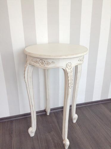 Mesa auxiliar lateral vintage de cedro tallada shabby chic for Mesas auxiliares vintage baratas