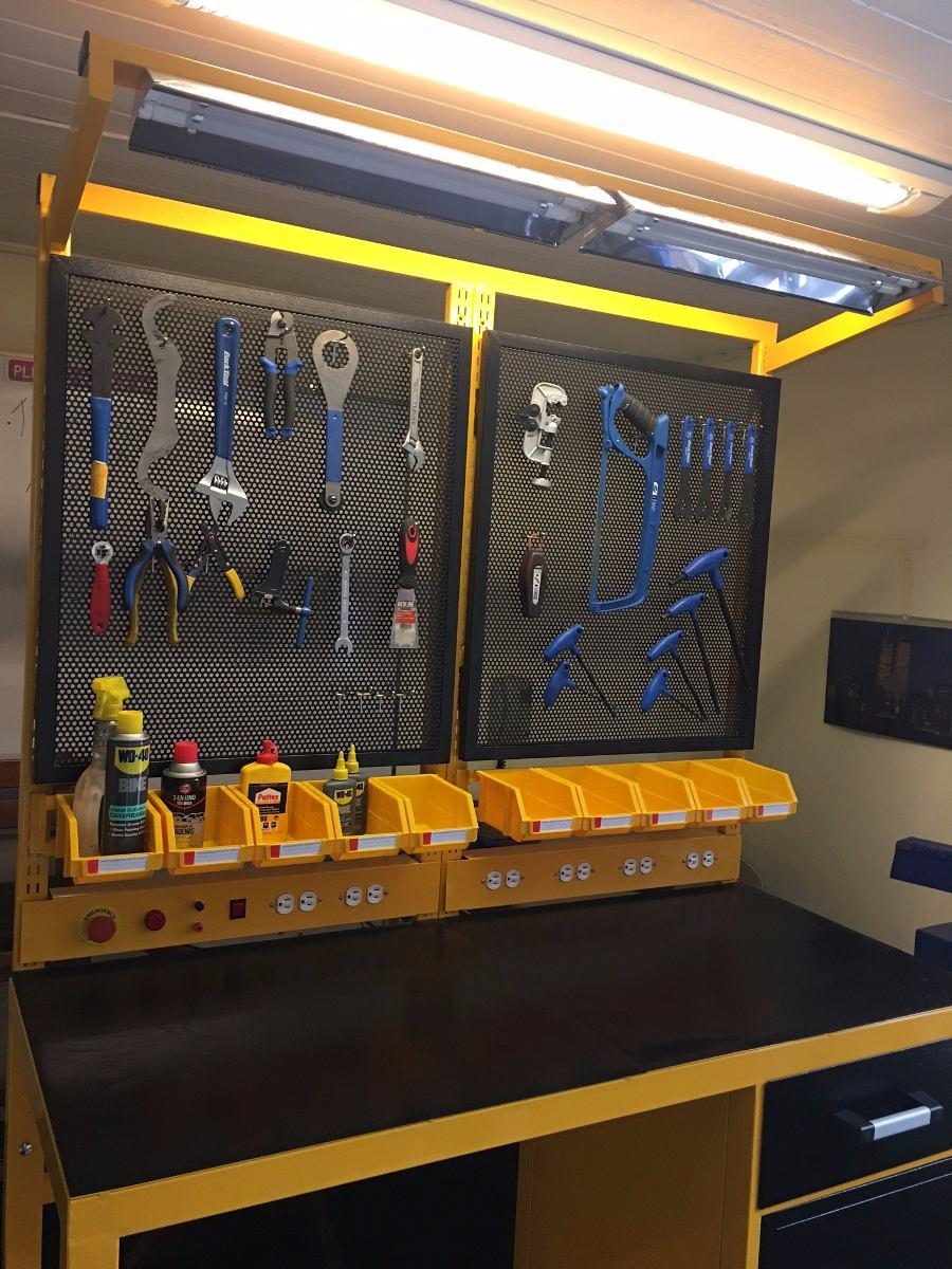 Mesa banco de trabajo para taller de motos for Mesa de trabajo dimensiones