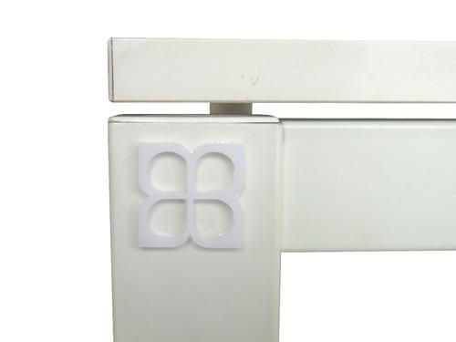 mesa blanca cuadrada umberto capozzi