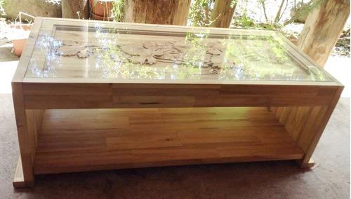 mesa centro madera tallada con parras uva
