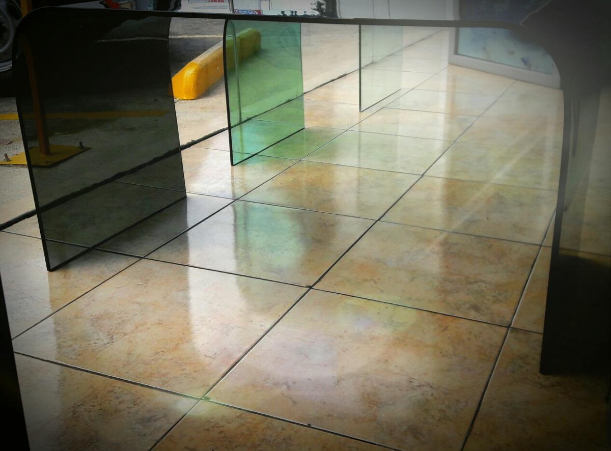 Mesa centro moderna de cristal semitemplado ahumado for Mesa cristal moderna