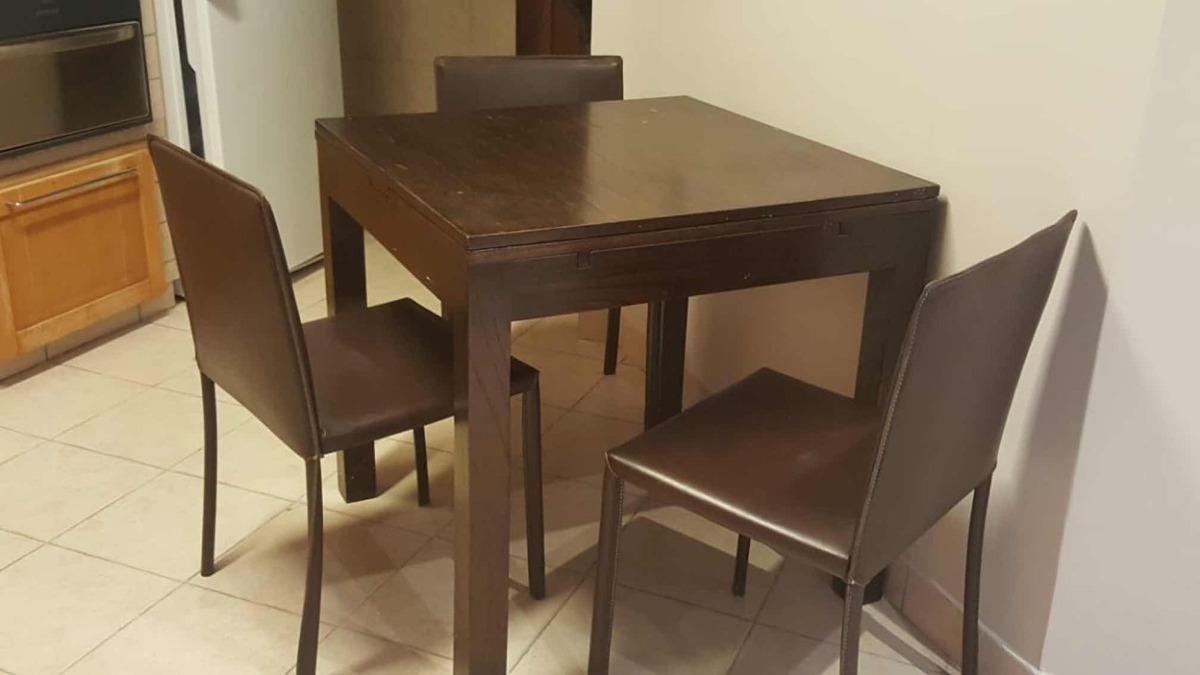 Mesa Cocina Extensible + 3 Sillas Cuero - $ 4.000,00