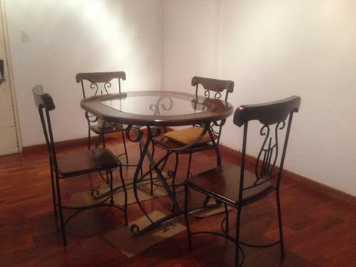 mesa comedor de hierro forjado y madera