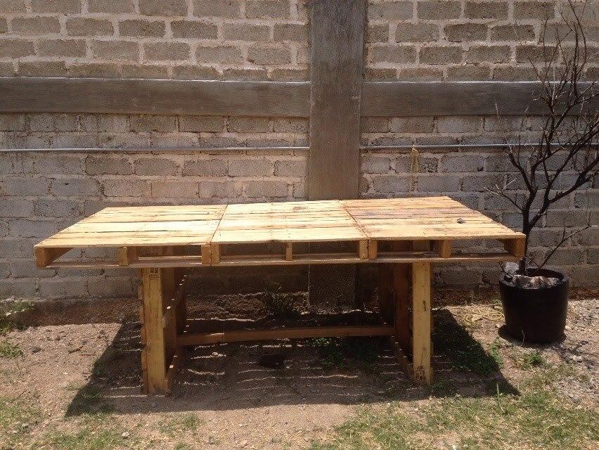 Mesa comedor de tarimas recicladas rustica servicio juntas for Tarimas de madera recicladas