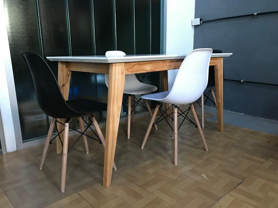 Mesa Comedor Estilo Escandinavo Nordico Laqueada + 4 Eames ...