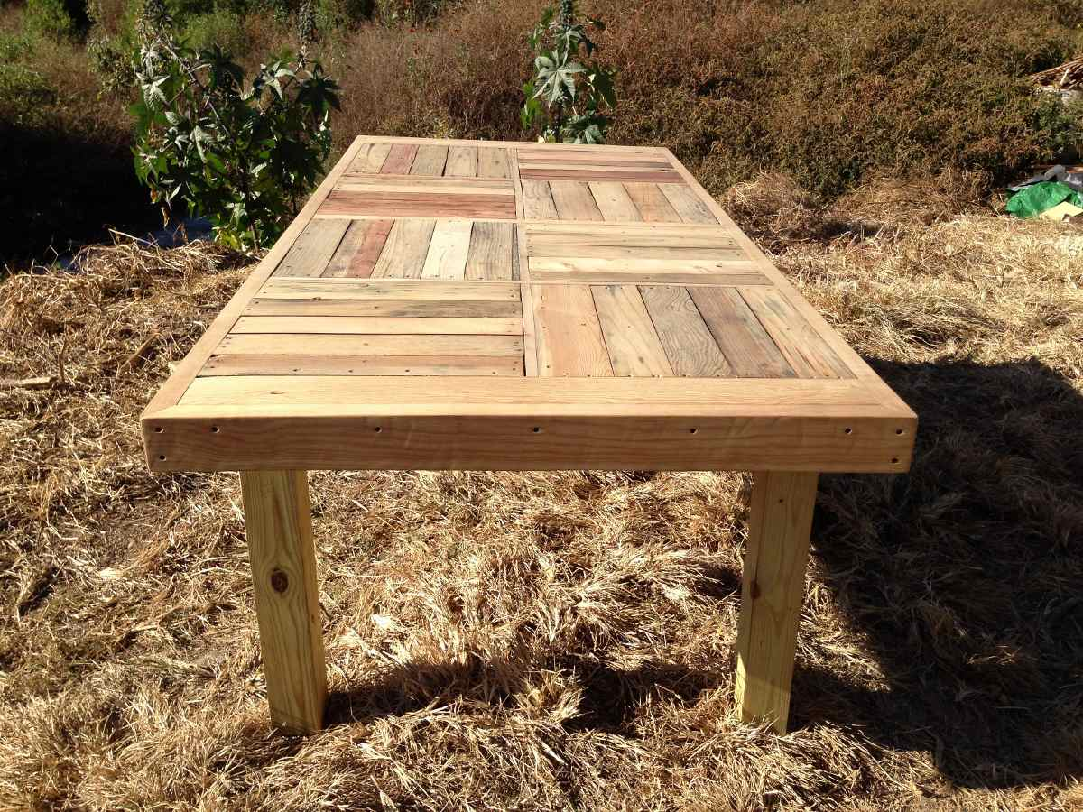 mesa comedor familiar jumbo de madera reciclada