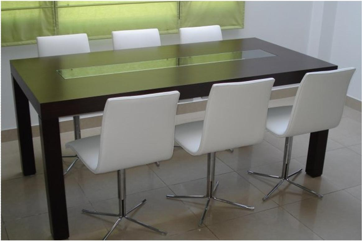 Mesa de comedor cristal y madera for Mesas de cristal y madera para comedor