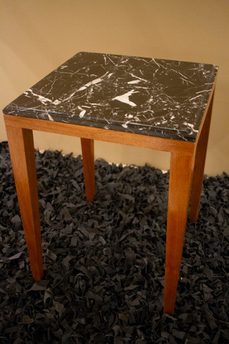 mesa complementaria en marmol