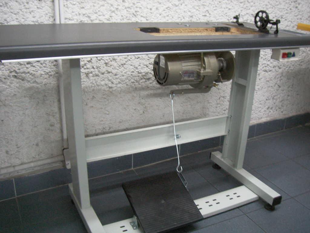 Mesa completa para maquina de coser estante tablon motor 3 en mercado libre - Mesa maquina coser singer ...
