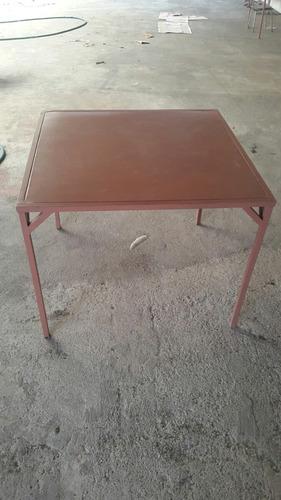 mesa con 4 silla