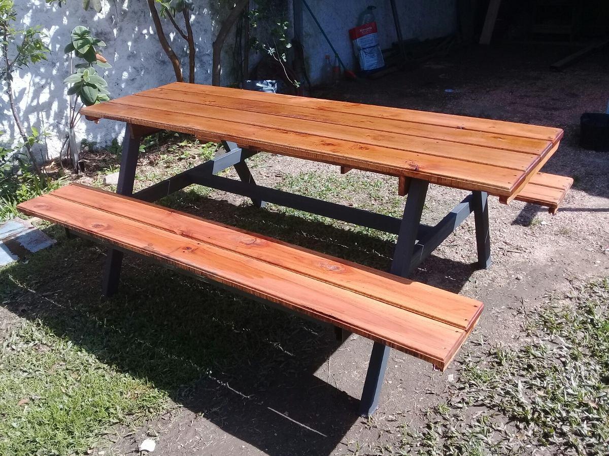 Mesa con bancos para jard n o barbacoa base de hierro for Bancos de hierro para jardin