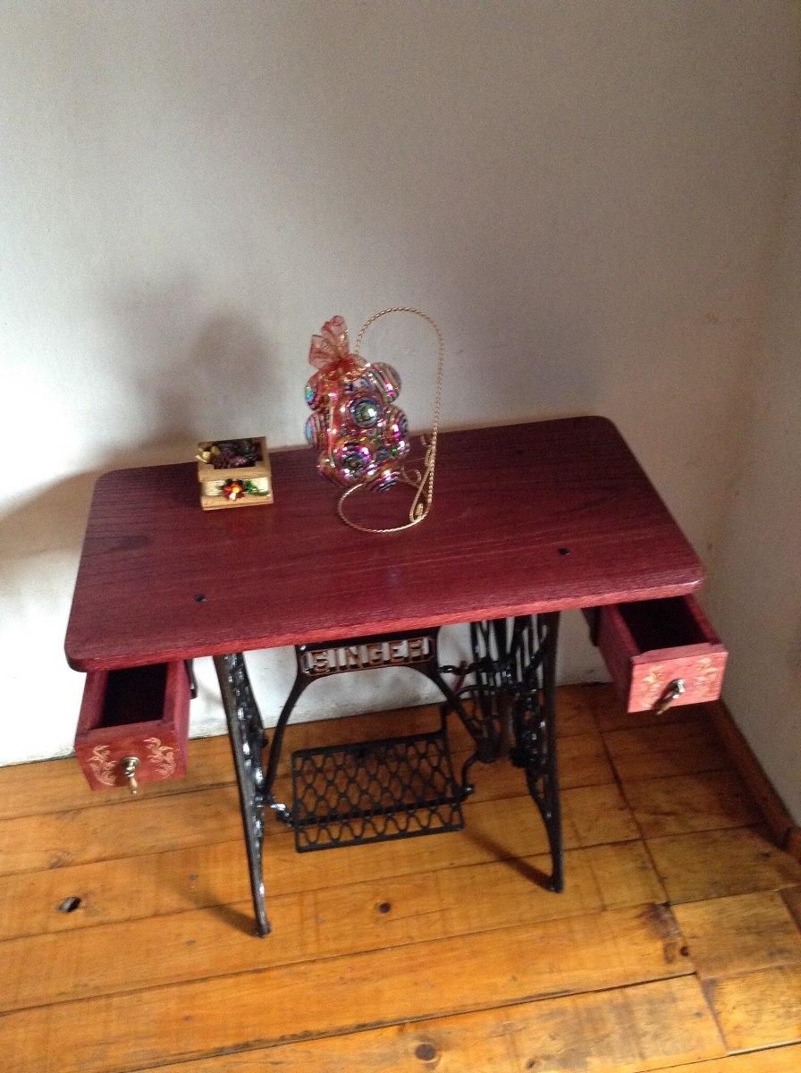 Mesa con base de maquina de coser 2 en mercado for Mesa para maquina de coser