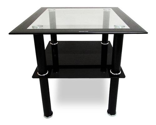 mesa cuadrada con vidrio