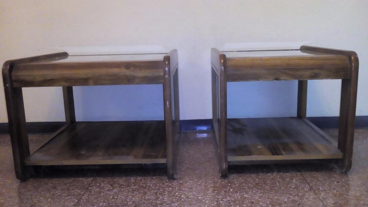 Mesa cuadrada de madera mesitas de madera juego de mesas for Mesitas de madera