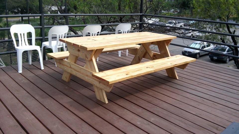 Mesas exterior mesas de exterior de aluminio coleccin for Mesa de picnic madera