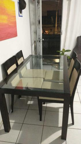 mesa de 4 cadeiras 700 reais