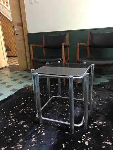 mesa de apoyo, vintage, acero cromado y vidrio
