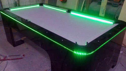 mesa de billar iluminado