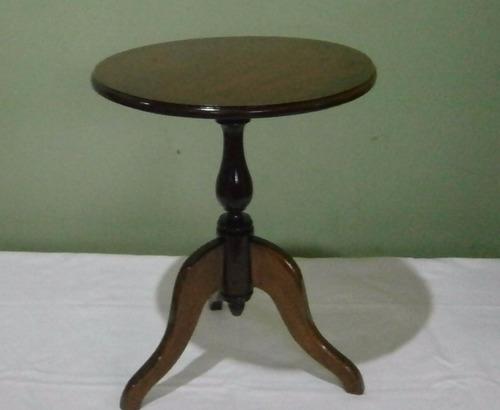 mesa de canto redonda - restaurada