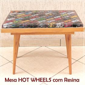 Mesa De Centro Com Carrinhos Hot Wheels E Resina