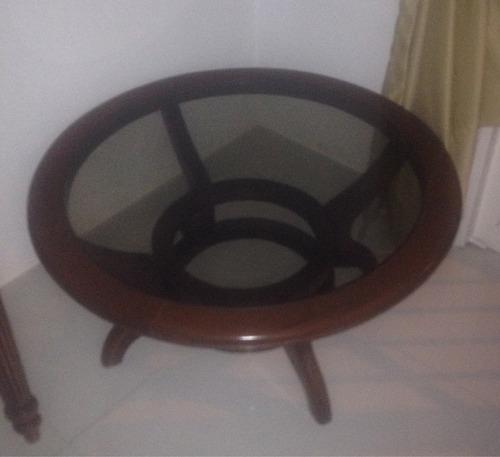 mesa de centro de madera y vidrio