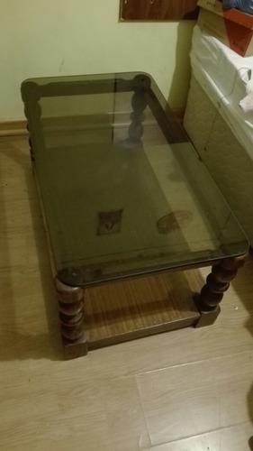 mesa de centro madera y vidrio