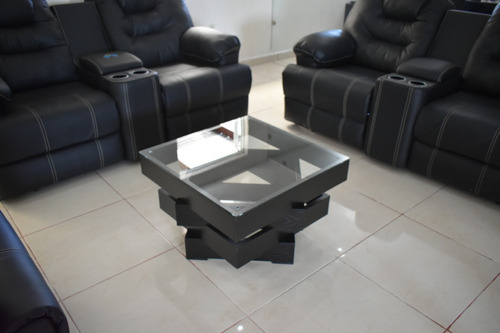mesa de centro niveles de madera cubierta cristal templado