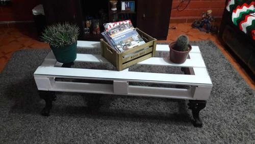 mesa de centro pallet y patas de fierro de salamandra...