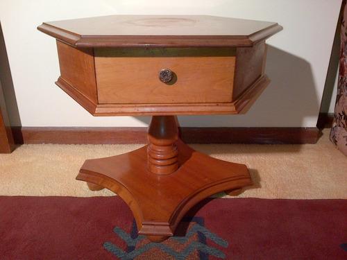Mesa de centro para sala en madera caoba de hervig n bs for Mesas de madera para sala