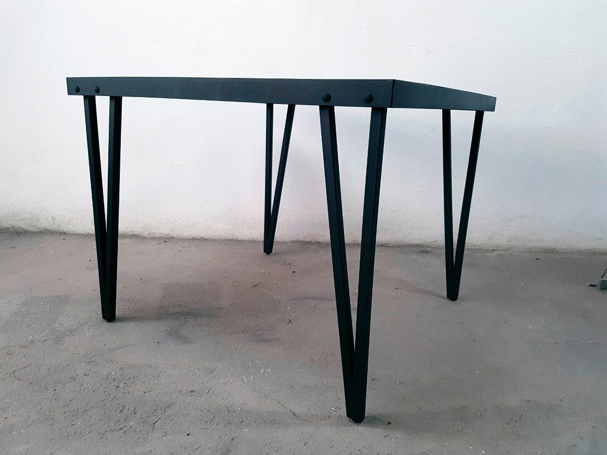 Mesa de comedor en madera y metal tipo industrial for Mesa industrial de madera y metal