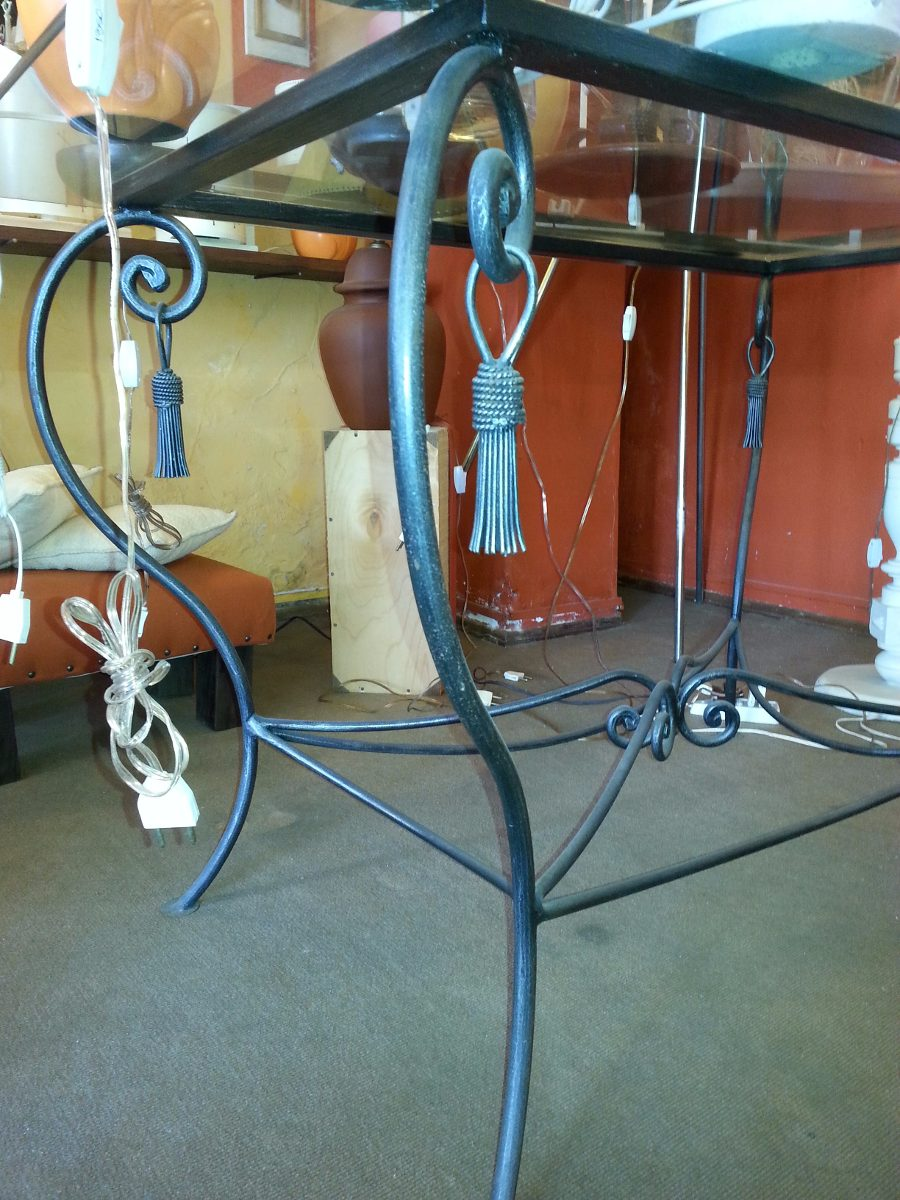 Mesa de comedor hierro forjado con tapa de vidrio 4 for Comedor hierro forjado