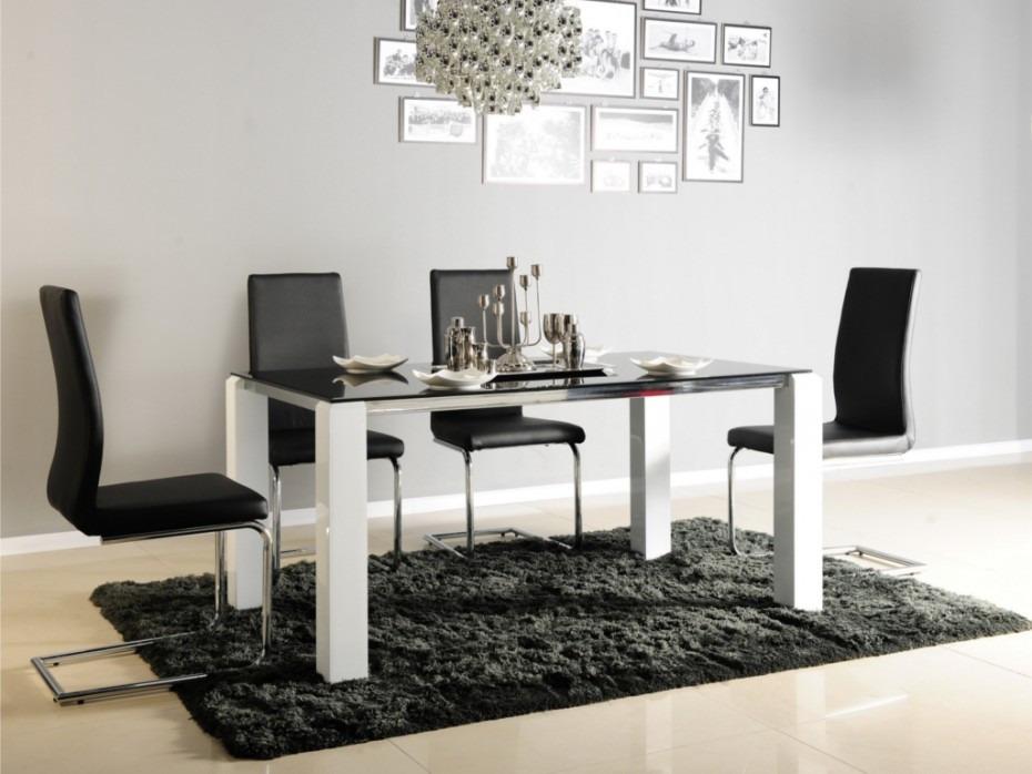 Mesa de comedor moderna poliuretano y vidrio ref irene for Mesas de comedor de vidrio modernas