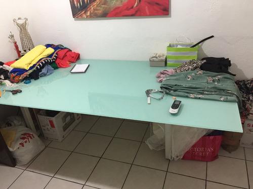 mesa de cristal templado