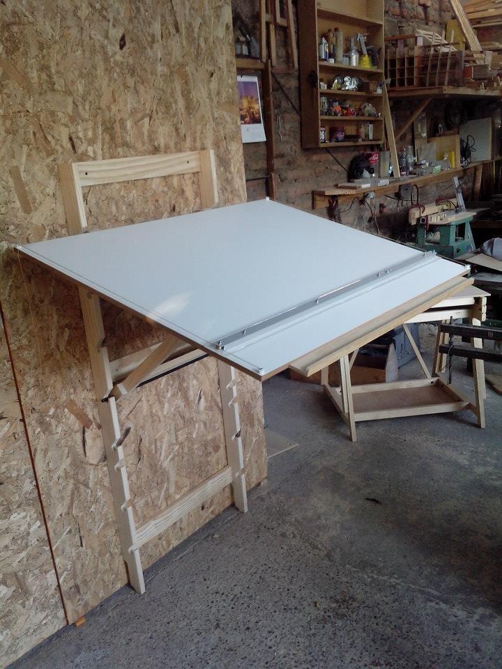 Mesa de dibujo plegable arquitectura dise o for Diseno de mesa plegable